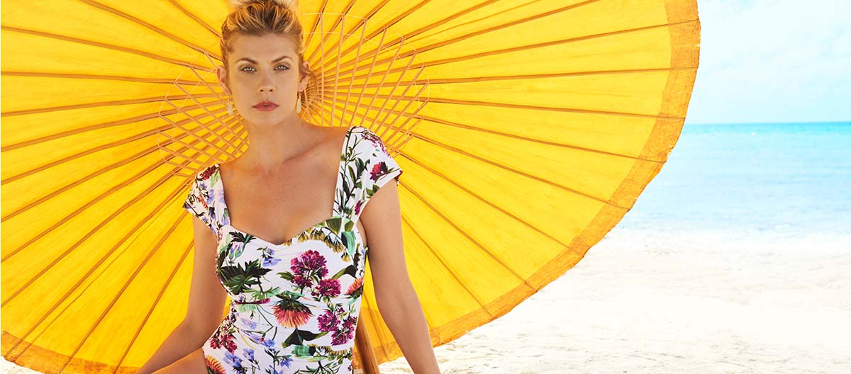 How To Find The Best Mom Swimsuits